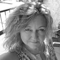 Kathleen Claes Director of emea sales chez Magento